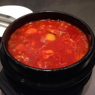 ซุปกิมจิ - ในปทุมวัน จากร้านBonChon Chicken (บอนชอน ชิคเก้น) (ปทุมวัน)|กรุงเทพและปริมลฑล