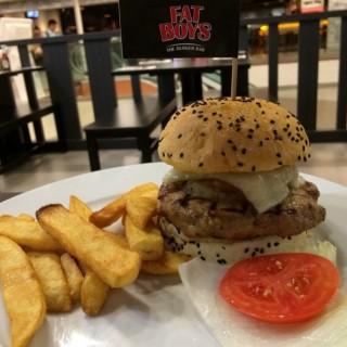 Jamaica can Me Hungry - Kuala Lumpur City Center's Fatboy's The Burger Bar (Kuala Lumpur City Center)|Klang Valley