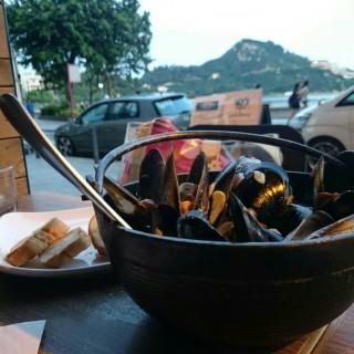 Blue Mussels - Stanley's Ocean Bay (Stanley)|Hong Kong