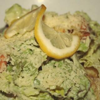 Caesar Salad - Kuta's Bubba Gump (Kuta)|Bali