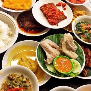Nasi Padang - Cipete's Rumah Makan Pagi Sore (Cipete)|Jakarta