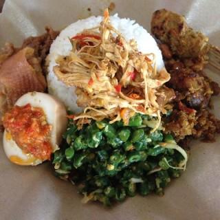 Nasi ayam Bu Oki - Jimbaran's Nasi Ayam Ibu Oki (Jimbaran)|Bali