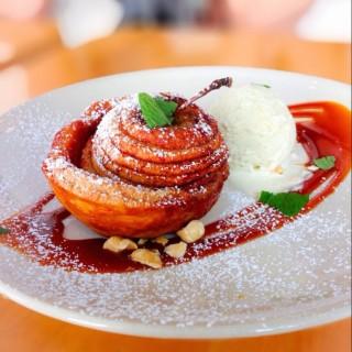 Spiced Apple Tart - Sheung Wan's Cafe Deadend (Sheung Wan)|Hong Kong