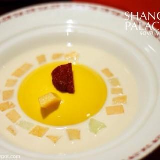 Chilled Mango Pudding  -  dari Shang Palace (Sudirman) di  |Jakarta