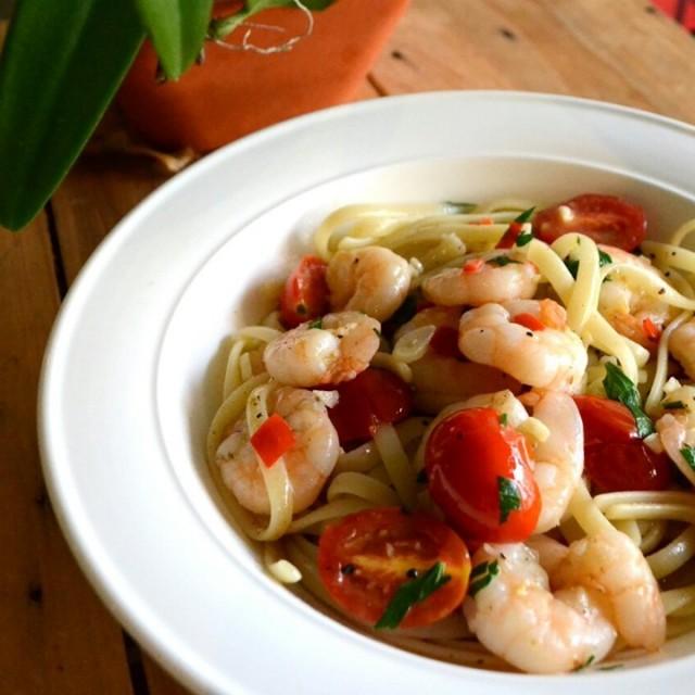 Home made pasta with prawns - 雅枝竹餐廳 - 多國菜 - 鴨脷洲 - 香港
