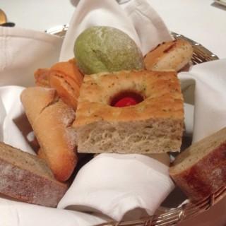 餐前麵包 - 位於南灣的當奧豐素1890意式料理 (南灣) | 澳門