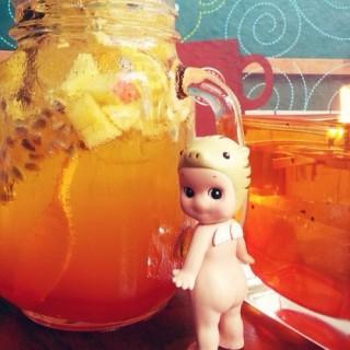 Orange and passionfruit iced tea -  Gatot Subroto / Java Bean (Gatot Subroto) Bandung
