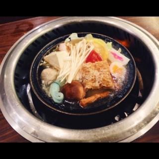 石頭火鍋 -  dari 旺角石頭火鍋 總店 (三重區) di 三重區 |New Taipei / Keelung