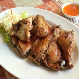 ไก่ย่าง - ในฟ้าฮ่าม จากร้านส้มตำยำไก่ (ฟ้าฮ่าม)|เชียงใหม่