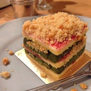 Matcha Crumble - Lum Phi Ni's The Three Wishes Cafe & Tea Room (Lum Phi Ni)|Bangkok