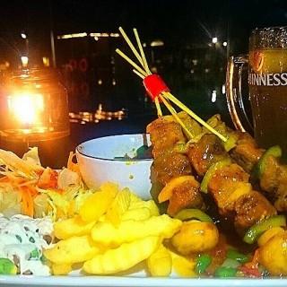 Pantai Mutiara / New Oceanic Cafe (Pantai Mutiara)|Jakarta