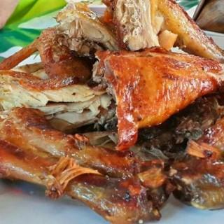 ไก่พันธุ์ย่าง - ในอ.วิเชียรบุรี จากร้านไก่ย่างบัวตอง (อ.วิเชียรบุรี)|จังหวัดอื่นๆ