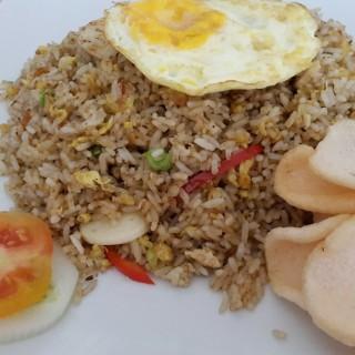 Nasi Goreng Ikan Asin - Makassar's Abe Kafe (Makassar)|Other Cities