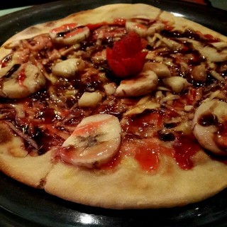 Choco Banana Cheese Pizza - Cihampelas's Pizzalogy (Cihampelas)|Bandung