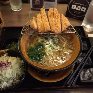 Shoyu Ramen with Deep Fried Pork Loin - 位於Central Bus. Dist.的Tonkatsu by Terazawa (Central Bus. Dist.) | 馬尼拉
