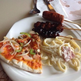 Pizza and carbonara - Calumpang 's Vikings A Feast From the Sea (Calumpang )|Metro Manila