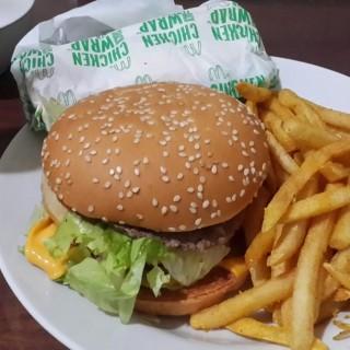 dari McDonald's (Yogyakarta Tengah) di Yogyakarta Tengah |Yogyakarta