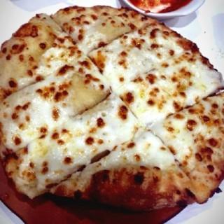 Simply Cheese Pizza -  dari Papa John's (Greenhills ) di Greenhills  |Metro Manila