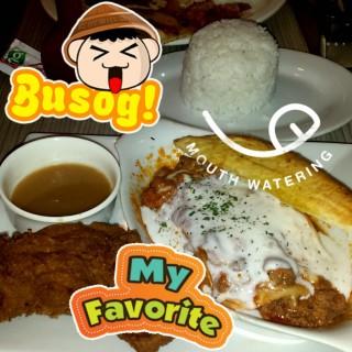 Lasagna with garlic bread and chicken plus extra rice -  dari Greenwich (Laguna) di Laguna |Other Provinces