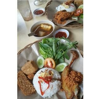 ayam goreng kremes - 位於Tanjung Duren的Ayam Goreng Jakarta (Tanjung Duren) | 雅加達
