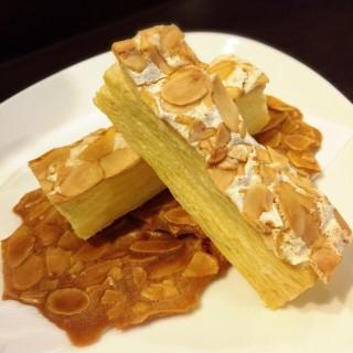 杏仁酥片 - 位於北區的三時茶房 (北區) | 台中