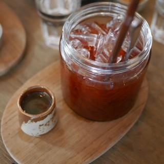 ชามะนาว - ในวัดเกต จากร้านWoo Cafe (วูว์ คาเฟ่) (วัดเกต)|เชียงใหม่