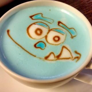 Hazelnut Latte - ใน銅鑼灣 จากร้านCafe R&C (銅鑼灣)|ฮ่องกง