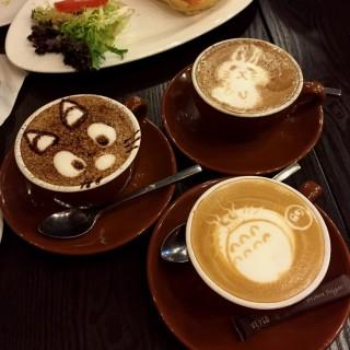 Latte  - ใน灣仔 จากร้านVeygo Coffee (灣仔)|ฮ่องกง