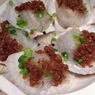 蒜蓉粉絲蒸扇貝 - 位於的蜆勁村盧爸爸私房菜 (大埔) | 香港