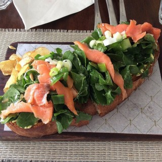 Smoked salmon Tartine - 位于Jugan的Cafe Sarree (Jugan) | 宿务