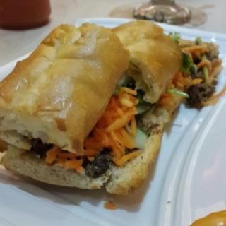 sandwich - ในMenteng จากร้านCali Deli (Menteng)|Jakarta
