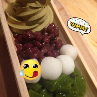 焙茶雪糕x紅豆x綠茶果凍😋😋😋 - Causeway Bay's GUM