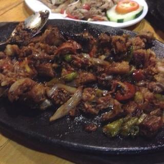 Bagnet Sisig -  dari Uno Grille (Ilocos Sur) di Ilocos Sur |Other Provinces