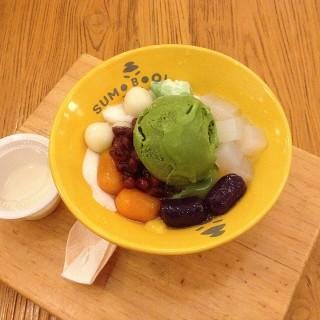 Qball dessert - Pantai Indah Kapuk's Sumoboo (Pantai Indah Kapuk)|Jakarta