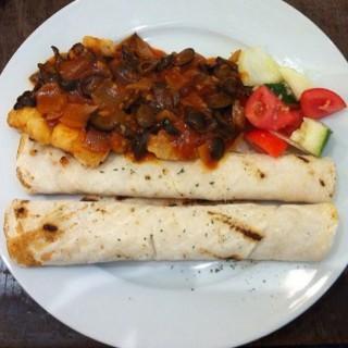 Tunisian Fish Fillet -  dari The Cafe Mediterranean (Pasig) di Pasig |Metro Manila