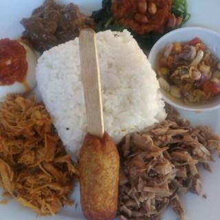 nasi bali - 位于Pekunden的Rumah Makan Nusantara (Pekunden) | 三宝珑