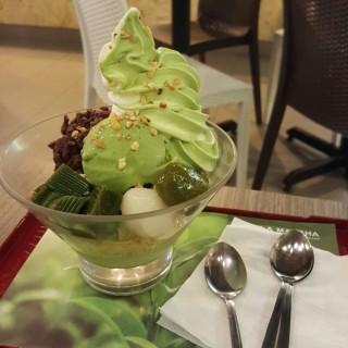 Matcha parfait - Sri Petaling's Hoji & Matcha Japanese Cafe (Sri Petaling)|Klang Valley