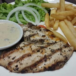 Grille Chicken - Pantai Indah Kapuk's Uncle Tjhin Bistro (Pantai Indah Kapuk)|Jakarta