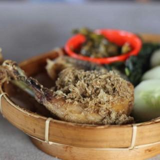 Ayam Goreng - Gajah Mada's Ayam Goreng Lombok Idjo (Gajah Mada) Semarang