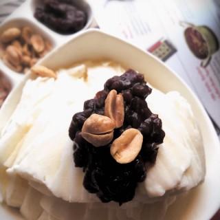 Bingsu ถั่วแดง -  ลุมพินี / School Food (สคูลฟู้ด) (ลุมพินี) กรุงเทพและปริมลฑล