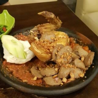 Ayam + Bakso Penyet - 位於Slipi的Warung Leko (Slipi) | 雅加達