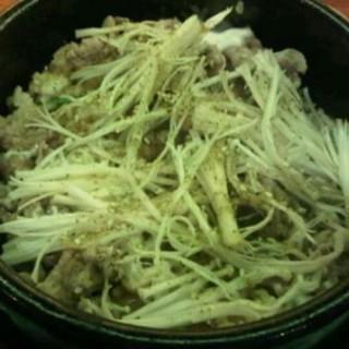 beef mozu bibimbap - Thamrin's Sushigroove (Thamrin)|Jakarta