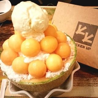Melon Bingsu - 位於Sengkang的Chicken Up (Sengkang) | 新加坡