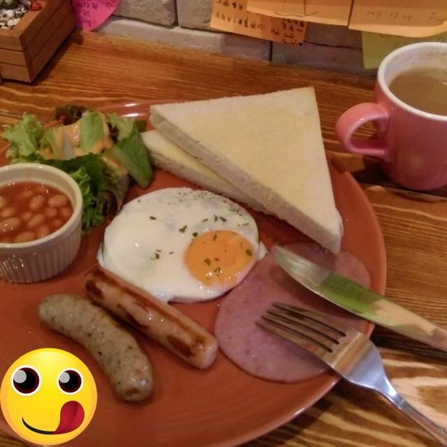 陽光全餐 - 位於天水圍的87 Coffee | 咖啡店 - 香港