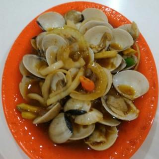 Kerang Kepa Saos Tauco -  Kelapa Gading / Seafood Trisulo 234 (Kelapa Gading) Jakarta
