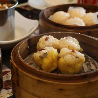 pork dumpling with shrimp/ prawn dumpling - Makati's Tim Ho Wan (Makati)|Metro Manila