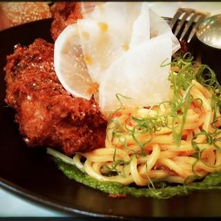 香脆炸雞、手工義大利麵、XO醬、大根、三星蔥 -  dari ACHOI (中山區) di  |Taipei