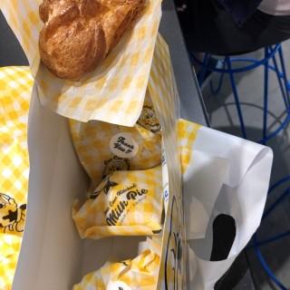 ใน จากร้านTokyo Milk Cheese Factory (City Hall)|สิงคโปร์
