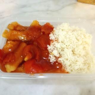 鮮茄班腩飯(外賣) - 位於的大快樂餐廳 (香港仔) | 香港