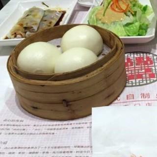 奶黄流沙包 - 位於王府井/東單的点点一品 (王府井/東單)   北京